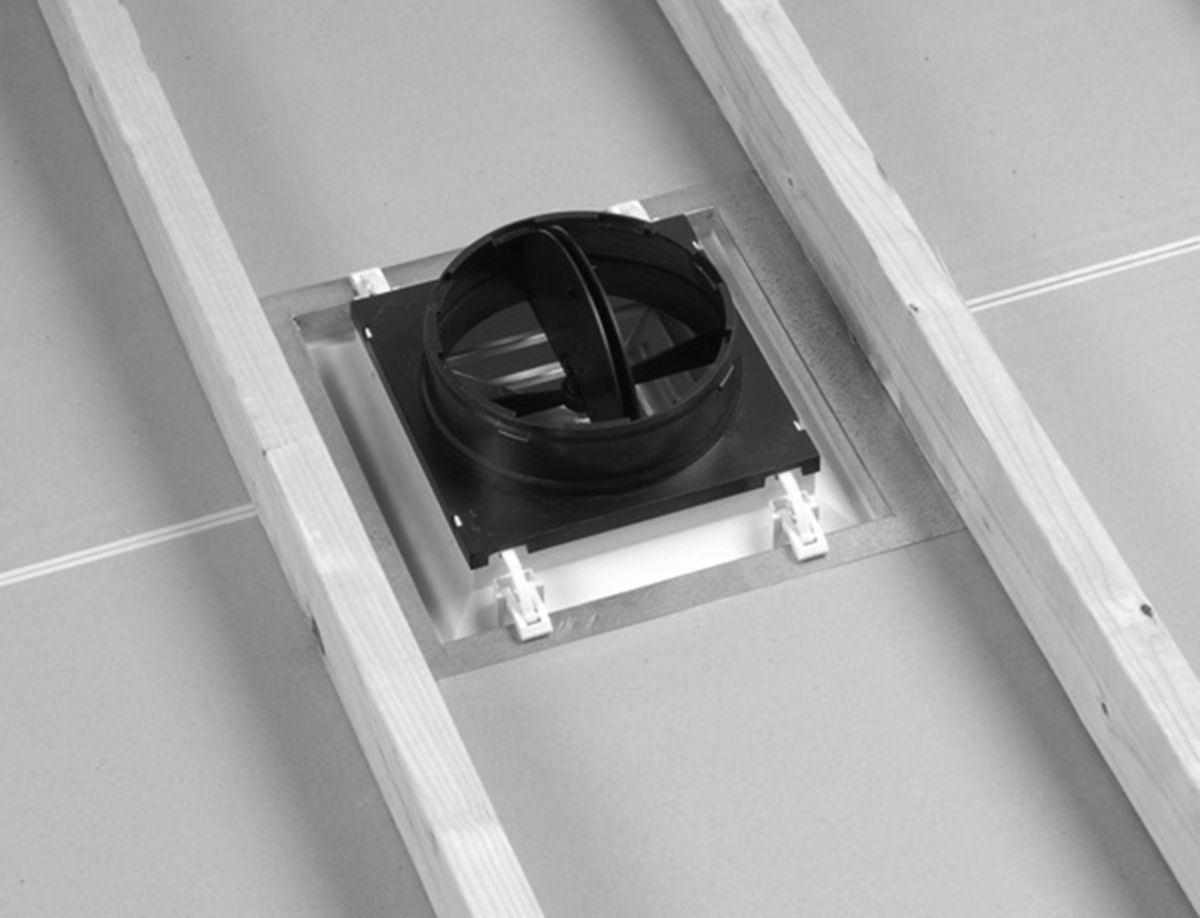 Hart cooley rezzin rz square 3 way ceiling diffuser for What size ceiling fan for 12x12 room