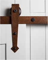 Rustica Hammered Arrow Barn Door Hardware