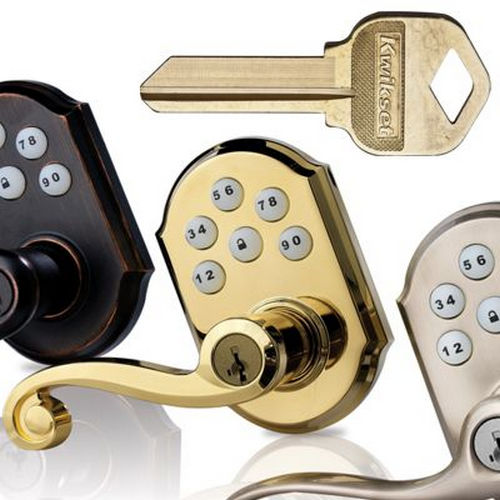 Kwikset 720PMLRH-11P26 Pembroke Passage Door Lock with 6AL Latch and RCS Strike Venetian Bronze By Bright Chrome Finish